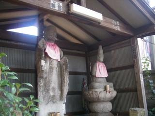 青梅街道沿いの菩薩立像・「関のかんかん地蔵」-練馬のおすすめニュース編集室