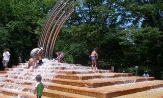 【アーカイブ】水遊びが楽しい! 大泉中央公園水の広場-練馬のおすすめニュース編集室