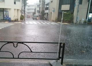 夏のゲリラ豪雨対策-練馬のおすすめニュース編集室